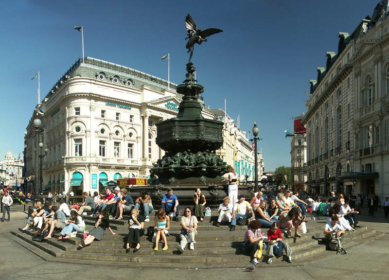 piccadillycircus1_b