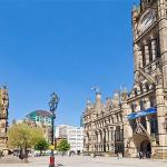 Manchester-Town-Ha_2256146i