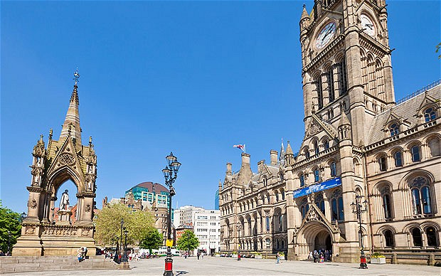 Manchester-Town-Ha_2256146i