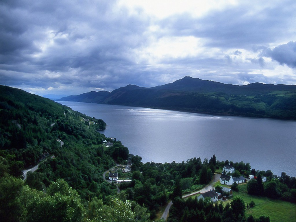 loch_ness_wallpaper_il7xt