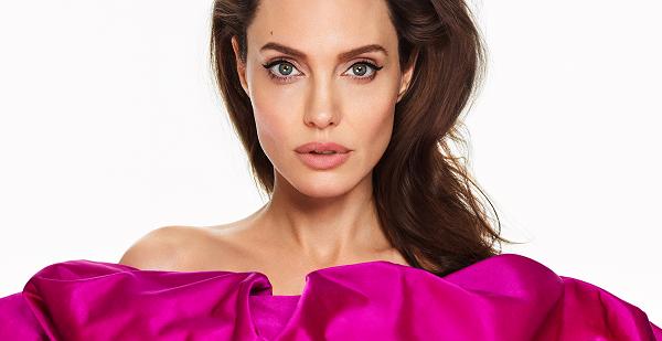 Топик по английскому языку на тему Angelina Jolie's dangerous hobby (Опасное хобби Анджелины Джоли)