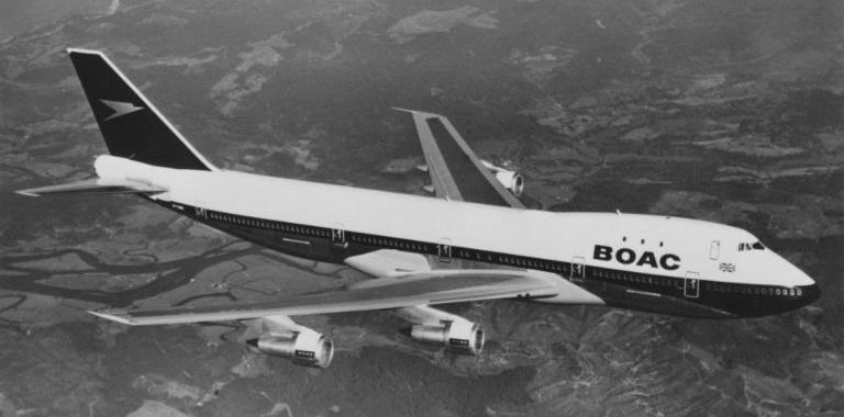 Боинг 747 разукрасили в стиле ретро в честь 100-летия британских авиалиний